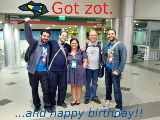 fisl_zot_birthday.jpg
